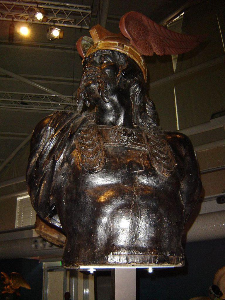 Skulptur des Brennus mit einem Flügelhelm, 18. oder 19. Jahrhundert, gefunden auf einem französischen Schiff.